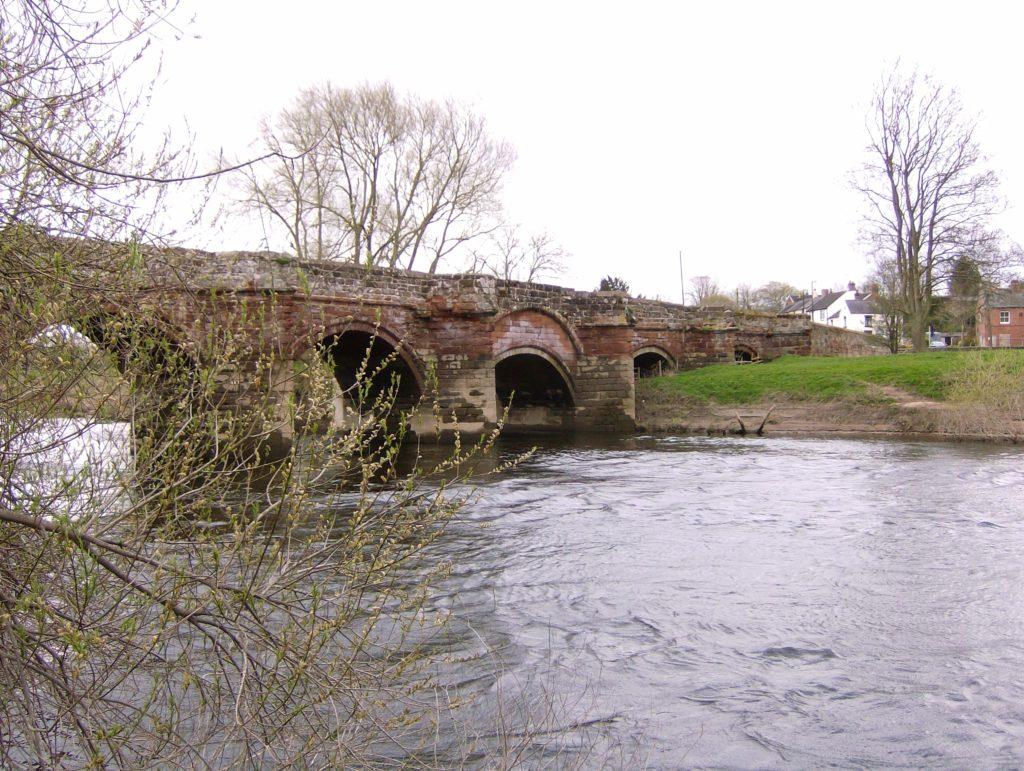 Farndon Bridge from English bank